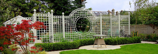 Classic Garden Elements Trianon Steel Trellis Screen, Rathfarnham, Dublin