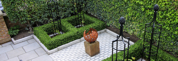 Ireland's best selling artificial Boxwood Hedging installed in Rathmines | Owen Chubb GardenStudio. Tel 087-2306128