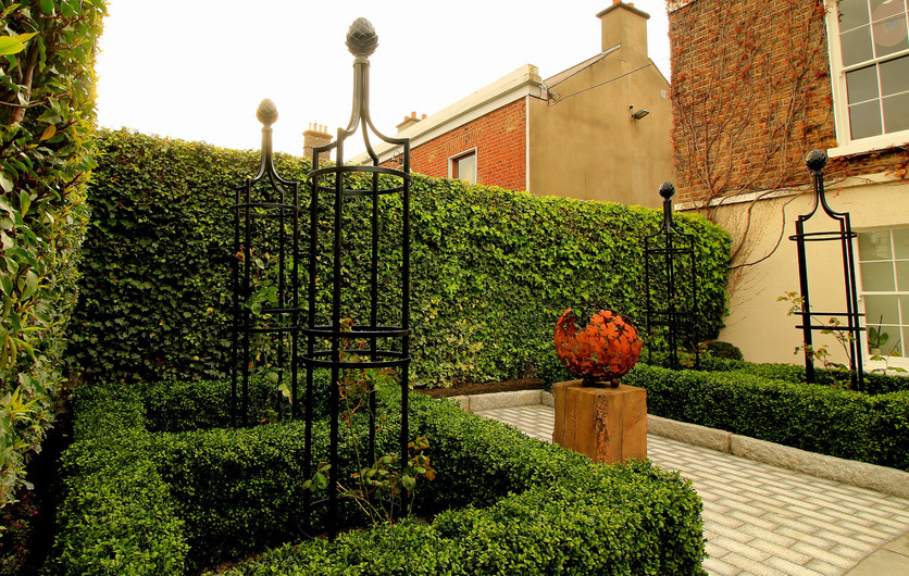 Artificial Boxwood Hedging perfect for formal borders layouts